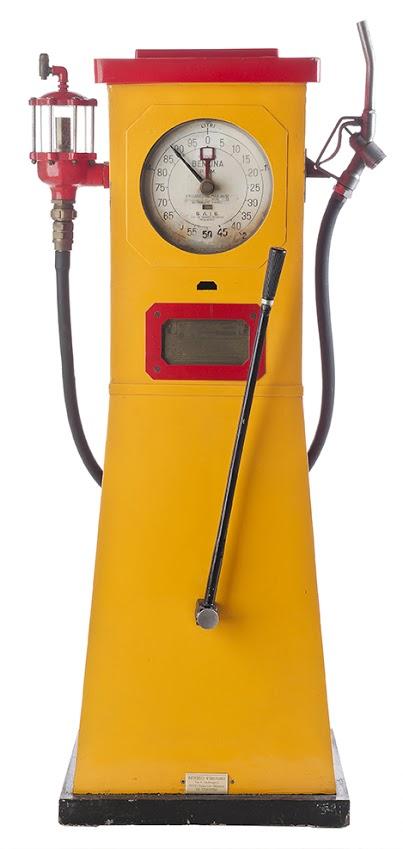 107-sais-pem-antique-gas-pump-19341