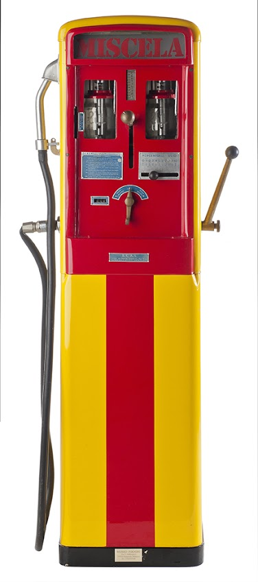 117-s.c.a.i-milano-mix-vintage-gas-pump-19531