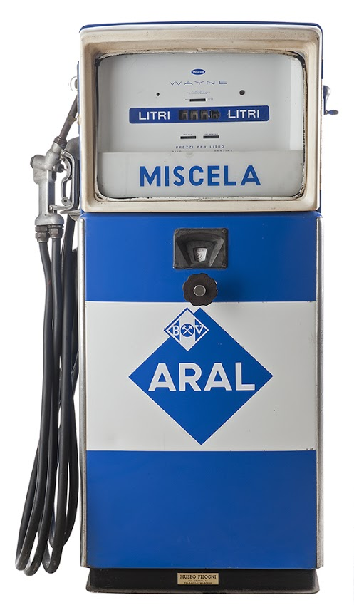 128-wyn-mix-aral-gas-pump-19601