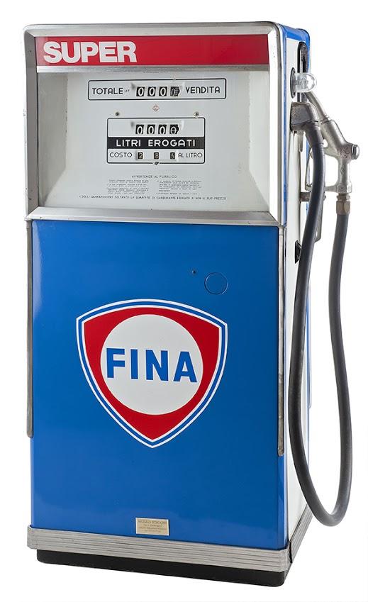 131-castellazzo-petrol-pump-fina-19701