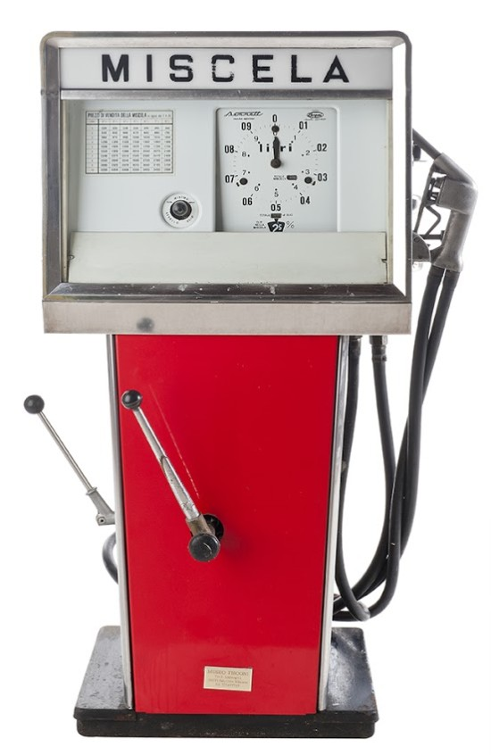 135-bergomi-mix-petrol-pump-19601