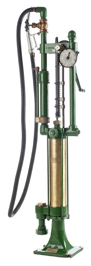 34-gilbert-and-barker-gas-pump-19181