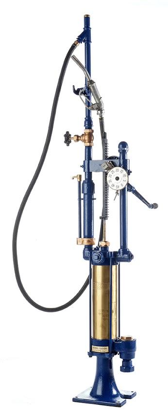 88-gilbert-and-barker-gas-pump-19151