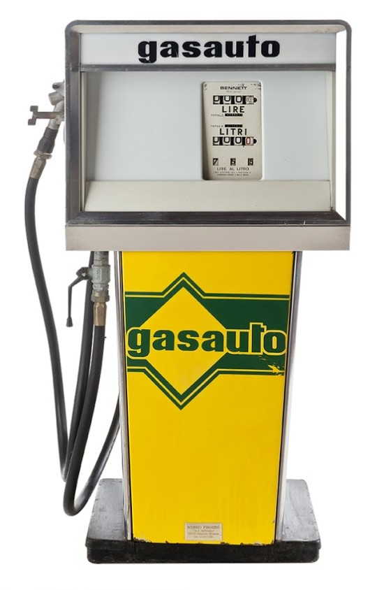 90-bennett-gas-pump-auto1