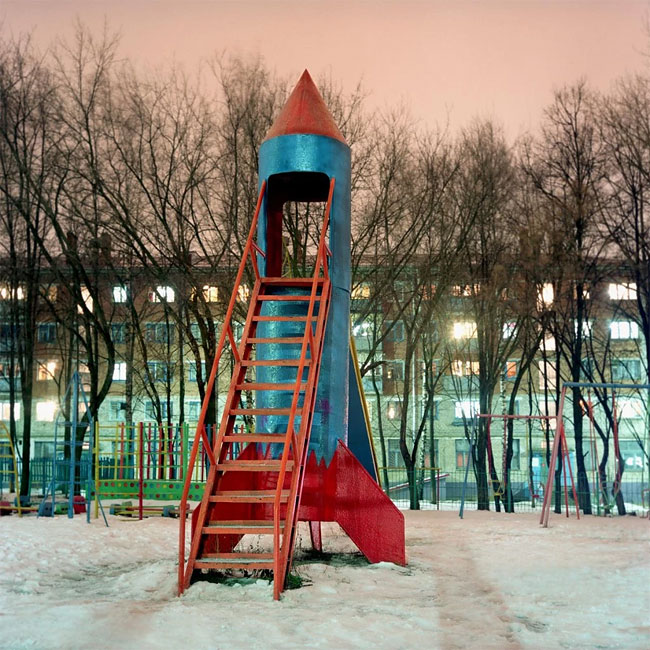 Rockets_from_childhood_playgrounds_08