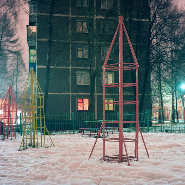 Rockets_from_childhood_playgrounds_11