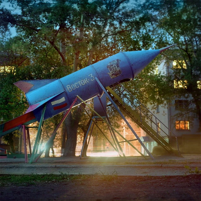 Rockets_from_childhood_playgrounds_20