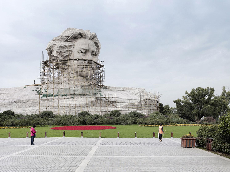 4-Mao-Zedong.-Changsha-China-32-m-105-ft.-Built-in-2009