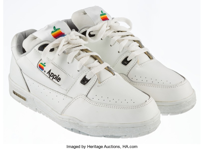 applesneakers-1